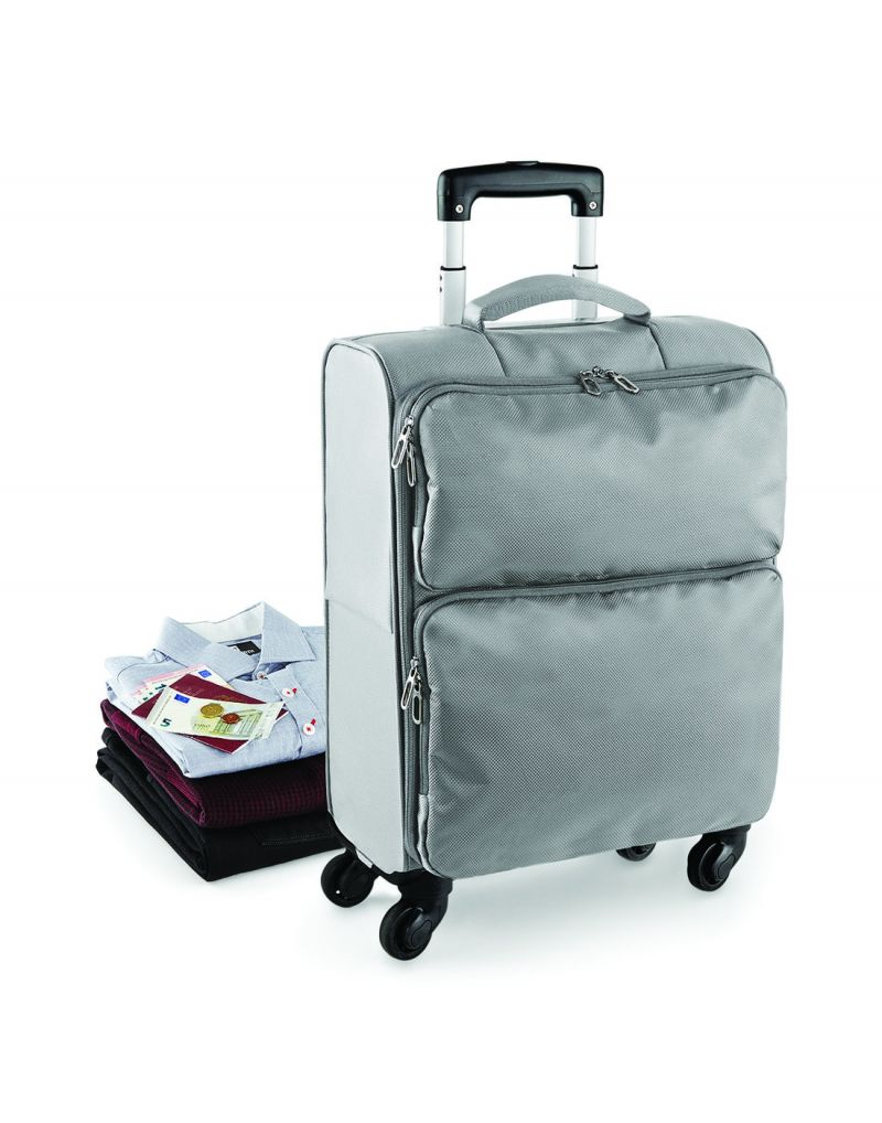 Klassic Lightweight Spinner Carry-on